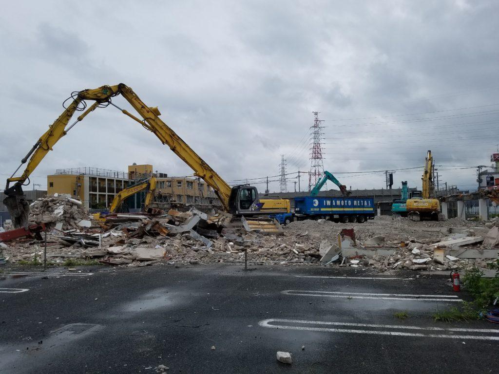 コジマ電機高槻店